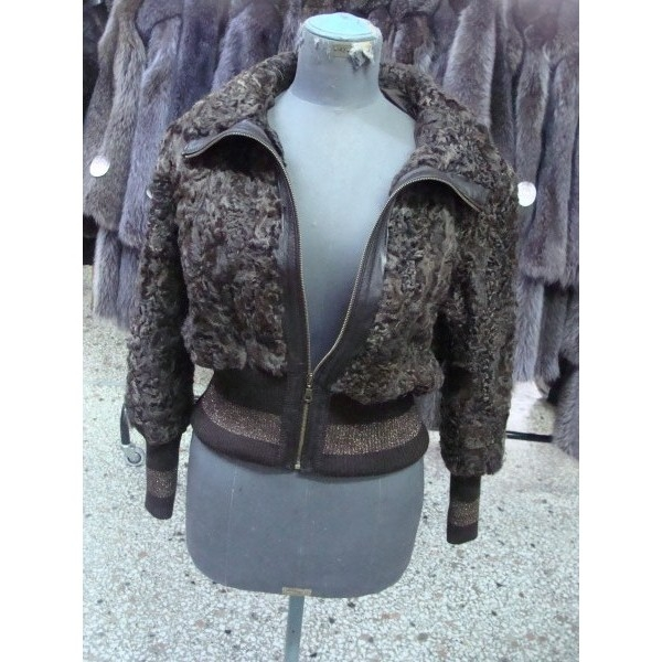 Fur woman jacket from Siatista 320 $
