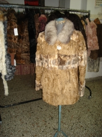 Camel vest astrakhan paws with vison stripe and fox collar No42 480$