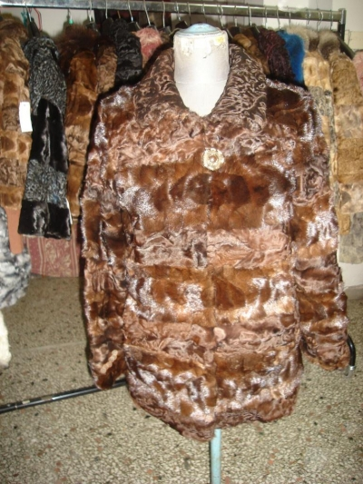 Chocolat coat from astrakhan paws and mink 480$